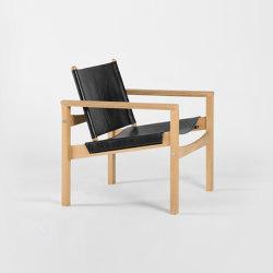 PegLev Armchair - Oak/Black | Sillones | Objekto