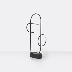 Obu Jewellery Stand - Black | Guardarropas | ferm LIVING