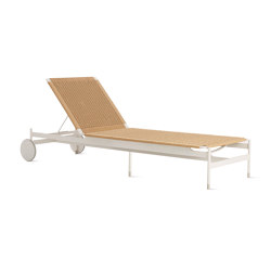 Sommer Adjustable Chaise | Tumbonas | Design Within Reach