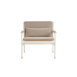 Sommer Lounge Chair | Sillones | Design Within Reach