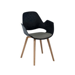 FALK | Dining armchair - Oiled oak legs, Warm Clay Seat | Chairs | HOUE