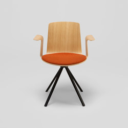 Lottus Spin chair - with wooden arms | Sedie | ENEA