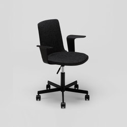 Lottus High Office chair - with wooden arms | Office chairs | ENEA