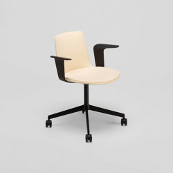Lottus confident chair with castors | Sedie | ENEA