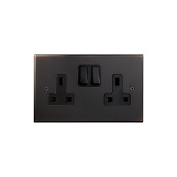 Cullinan - Medium bronze - Two UK sockets | Toggle switches | Atelier Luxus