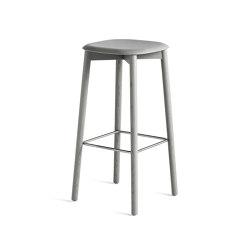 Soft Edge 32 | Bar stools | HAY