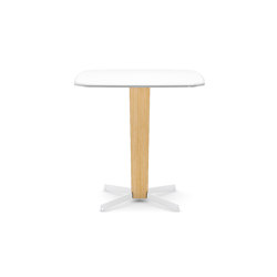 Porta Venezia bar Table square 710 | Dining tables | Infiniti