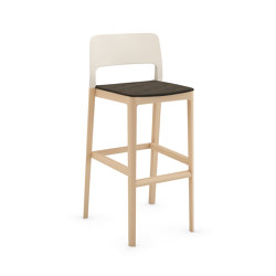 Settesusette kitchen stool with upholstered seat | Bar stools | Infiniti
