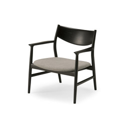 Kamuy Lounge Chair - Seat upholstered | Sessel | Conde House