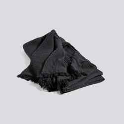 Crinkle Bedspread | Mantas | HAY