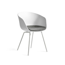 About A Chair AAC26 | Sillas | HAY