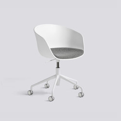 About A Chair AAC52 with gaslift | Stühle | HAY