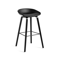 About A Stool AAS33   Barhocker   HAY