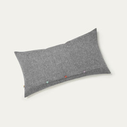 uuio INN  linen cushion cover | Coussins | uuio