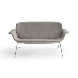 KN05 Settee | Sofas | Knoll International