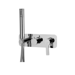 Matrix F3549X2 | Single lever bath and shower mixer for concealed installation 2 outlet with shower set | Shower controls | Fima Carlo Frattini