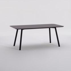 Inform | Desks | Davis Furniture