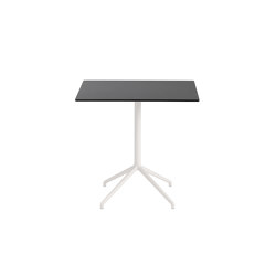Still Café Table | 75 x 65 H: 73 | Tables de bistrot | Muuto