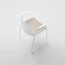 Unnia | Chairs | Inclass