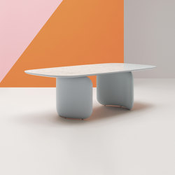 Elinor table   Contract tables   PEDRALI