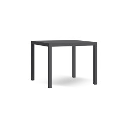 Flair (Q 90) Square Table | Tables de repas | Atmosphera