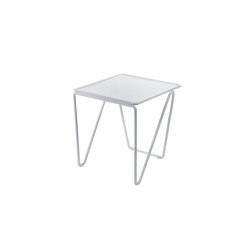 Fish & Fish Table D'Appoint Alu Petite | Tables d'appoint | Serax