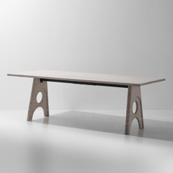 Foundry Table A | Tables de repas | District Eight