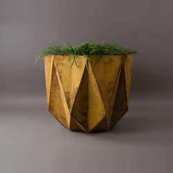 Prisme Planter, Rust Stained | Maceteros | Adam Christopher Design