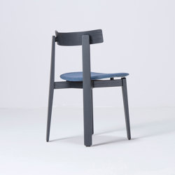 Nora chair | 45x47x79 | Main Line Flax | Sillas | Gazzda