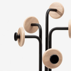 Leo floor-standing coat rack 508 | Coat racks | Mara