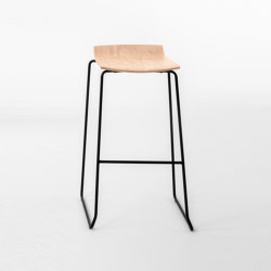 Loto stool 332L | Bar stools | Mara