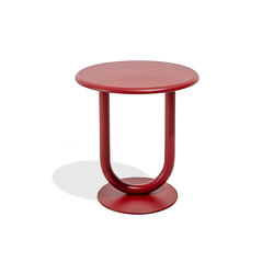 Strong bar table | H74 | Bistro tables | Desalto