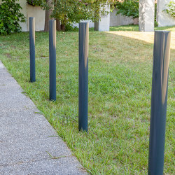 Basic Round Bollard | Bollards | Sit
