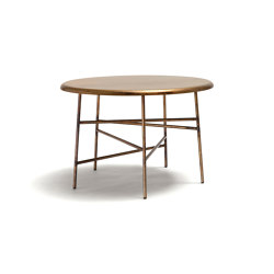 10th Star Coffee Table | Mesas de centro | Exteta