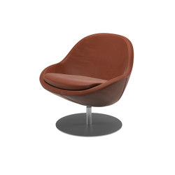 Veneto Lounge Chair 0014 with swivel function | Poltrone | BoConcept