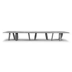 10th Joint Stone Dinner Table | Dining tables | Exteta