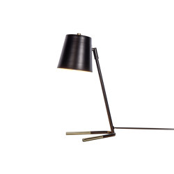 V-style Table Lamp | Table lights | Valaisin Grönlund