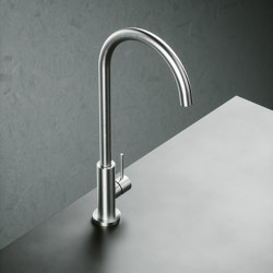 Kitchen Inox | Stainless steel Kitchen sink mixer with swivel spout. | Robinetterie de cuisine | Quadrodesign