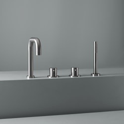 Ottavo | Stainless steel Rim mounted mixers set with spout and hand shower | Bath taps | Quadro