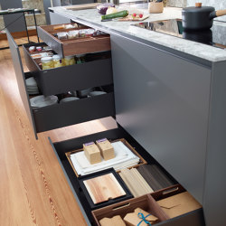 FINE Plinth drawer | Kitchen organization | Santos