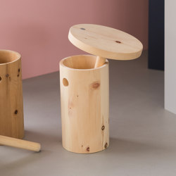 Melk-i | ergonomic stool | Stools | Georg Muehlmann