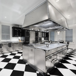 TAILOR MADE KITCHENS | STAINLESS STEEL & POLISHED CHROME KITCHEN | Fitted kitchens | Officine Gullo