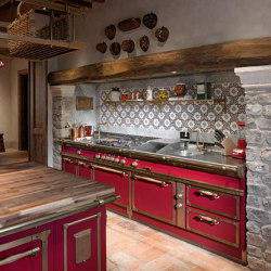TAILOR MADE KITCHENS | CHIANTI RED & BURNISHED BRASS KITCHEN | Fitted kitchens | Officine Gullo