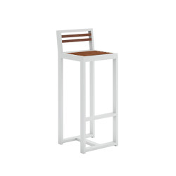 DNA Teak Stool with Backrest | Bar stools | GANDIABLASCO