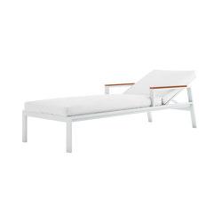 Timeless Liegestuhl mit Armlehnen | Sonnenliegen / Liegestühle | GANDIABLASCO