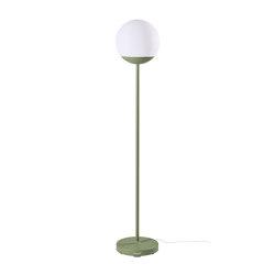 Mooon! | Lamp H.134 cm | Lámparas exteriores de pie | FERMOB