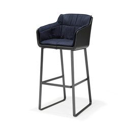 Cambria Bar Chair | Bar stools | QLiv