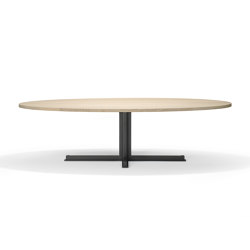 Cross Oval Dining Table | Mesas comedor | QLiv