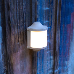 Trophy Model 1 | Outdoor wall lights | Roger Pradier