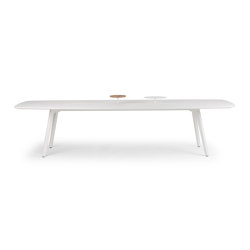 Wing | Contract tables | True Design